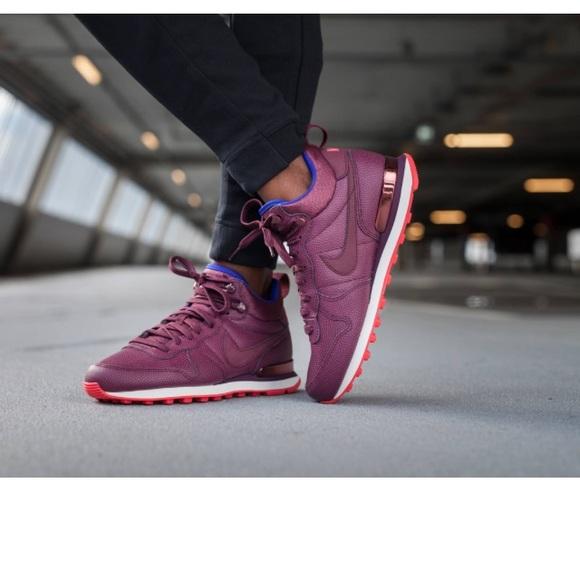 Nike Shoes | Nike Internationalist Mid
